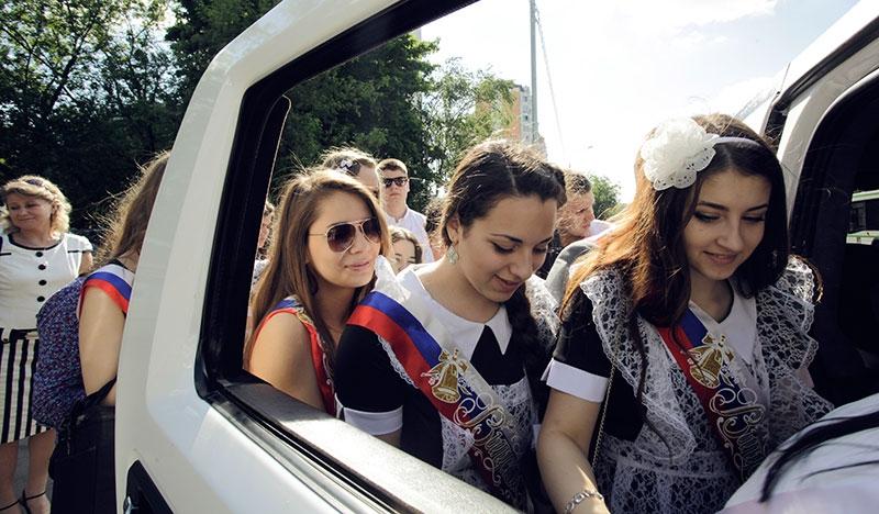 лимузин на выпускной в минске